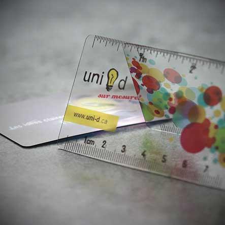 uni-d-cartes-affaires-transparentes