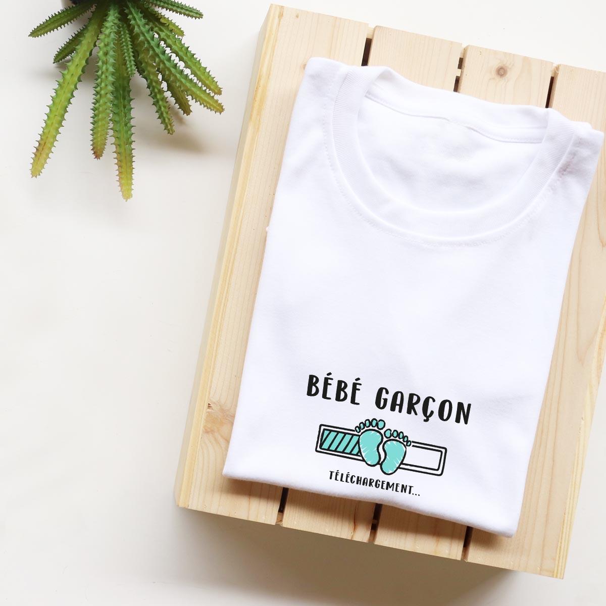 t-shirt blanc en coton pour femme enceinte - bébé garçon
